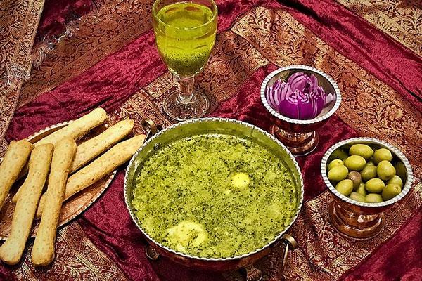 غذای سنتی یزد اشکنه سَماوری