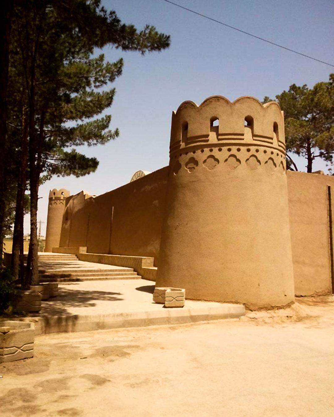 زیارتگاه ستی پیر یزد